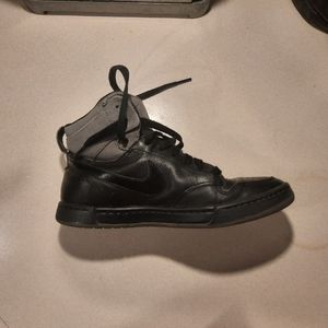 Nike black leather running shoes /hightops